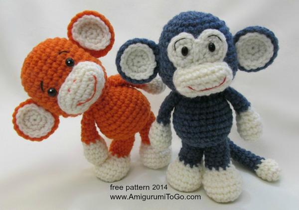 Мягкая вязаная обезьянка