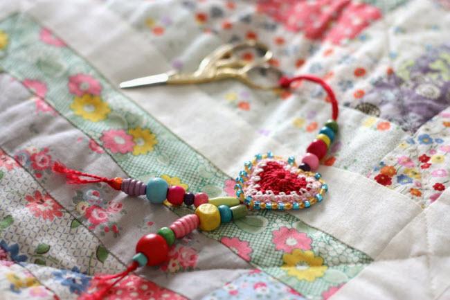 вязаное сердечко крючком описание