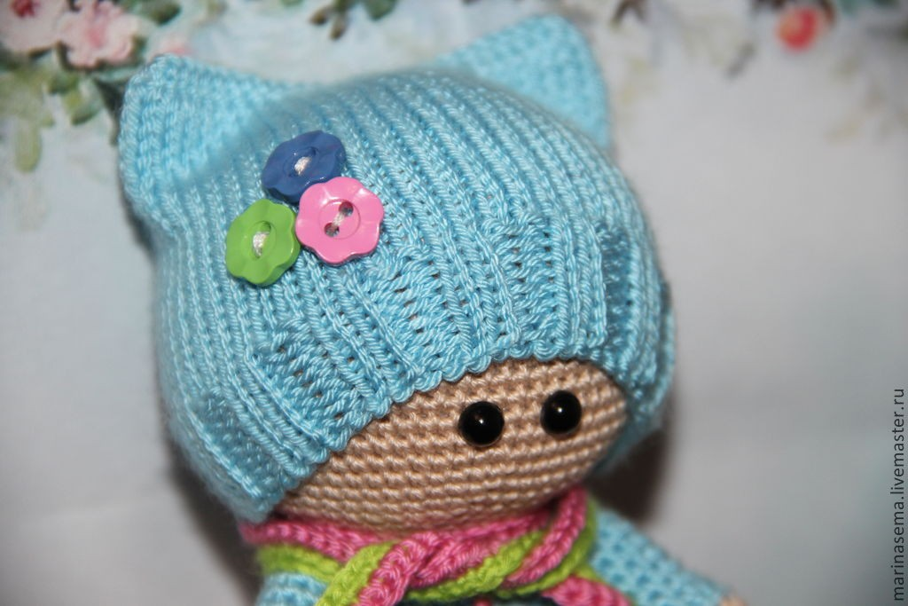 вязаные куклы крючком схемы вязания игрушек малыш в шапочке амигуруми