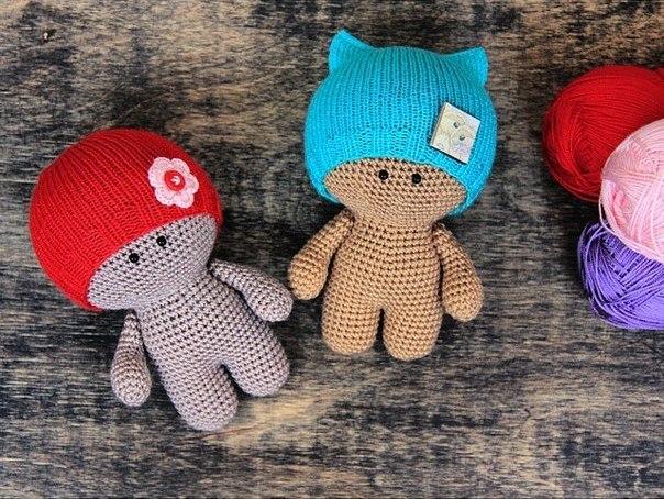 пупс йо-йо в шапочке вязаные куклы схемы вязания игрушек