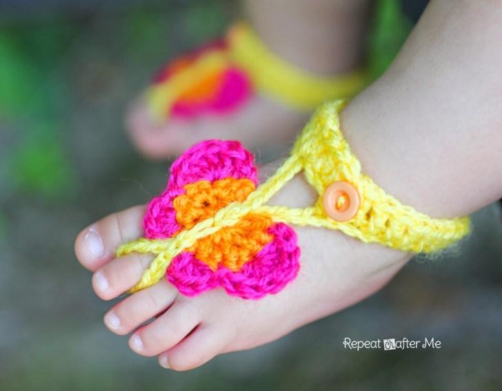 вязаные крючком сандалики для девочки