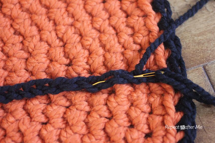 схемы вязанных ковриков крючком