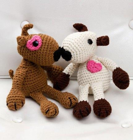 вязание игрушек крючком влюбленные щенки схема