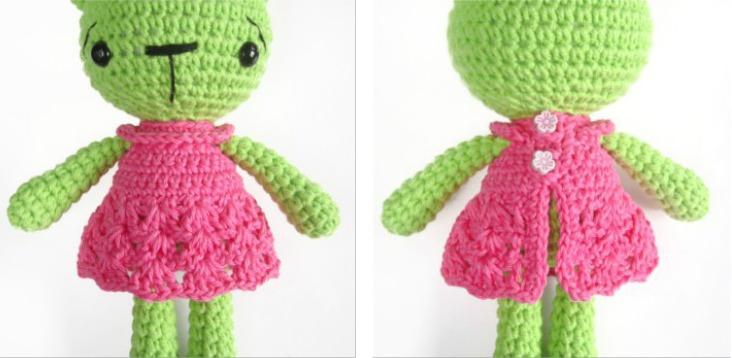 Вязаное платье для куклы крючком