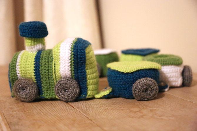 Вязание крючком игрушек паровозик амигуруми