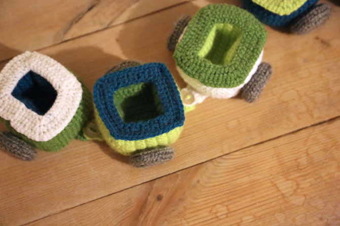 Паровозик амигуруми крючком схемы вязания