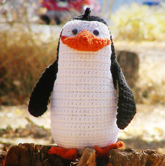 Пингвин из мадагаскара вязаный крючком
