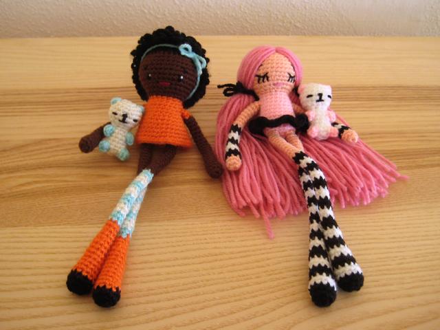 Вязаные куклы с длинными ногами крючком схемы