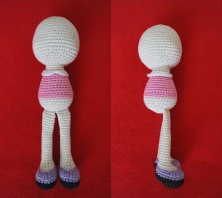Платье для куклы амигуруми крючком