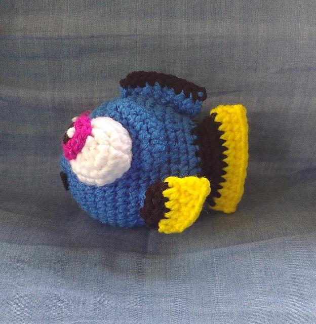 Рыбка Дори крючком схема игрушки амигуруми