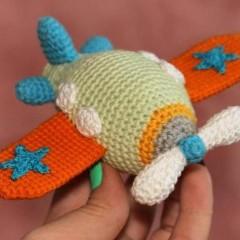 вязаная игрушка самолет крючком схема