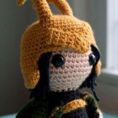 супергерой схема вязания игрушки крючком