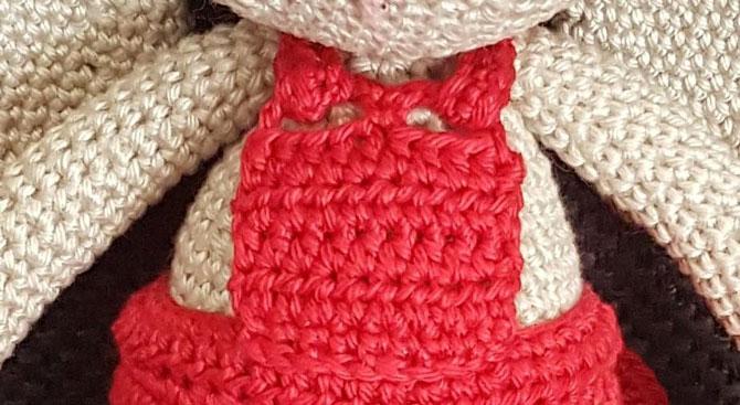 Амигуруми зайка в платье схема вязания игрушки крючком описание