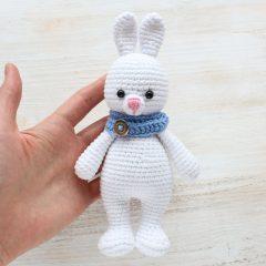Заяц-обнимашка - схема вязания игрушки крючком
