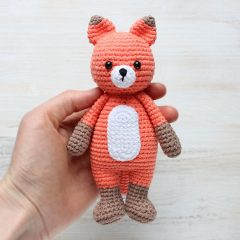 Лисенок-обнимашка - схема вязаной игрушки амигуруми крючком