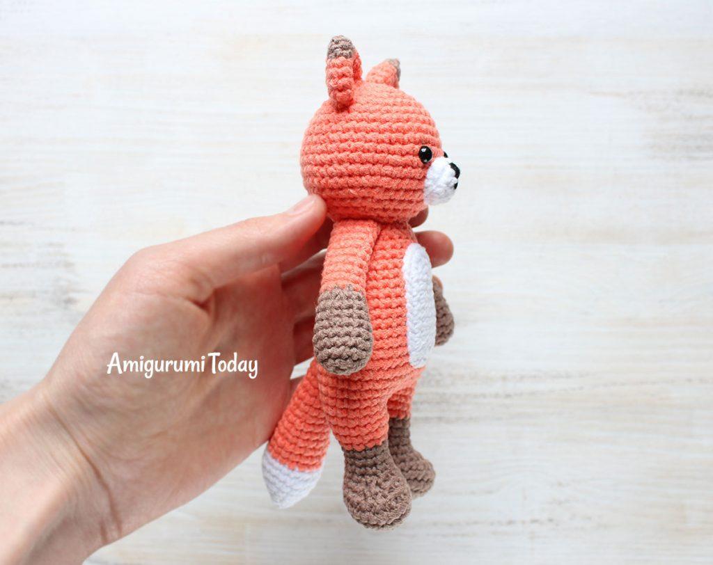 Лисенок-обнимашка - схема вязаной игрушки крючком