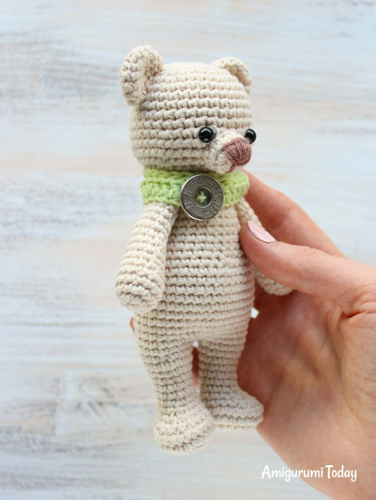 Медвежонок-обнимашка - схема вязания амигуруми
