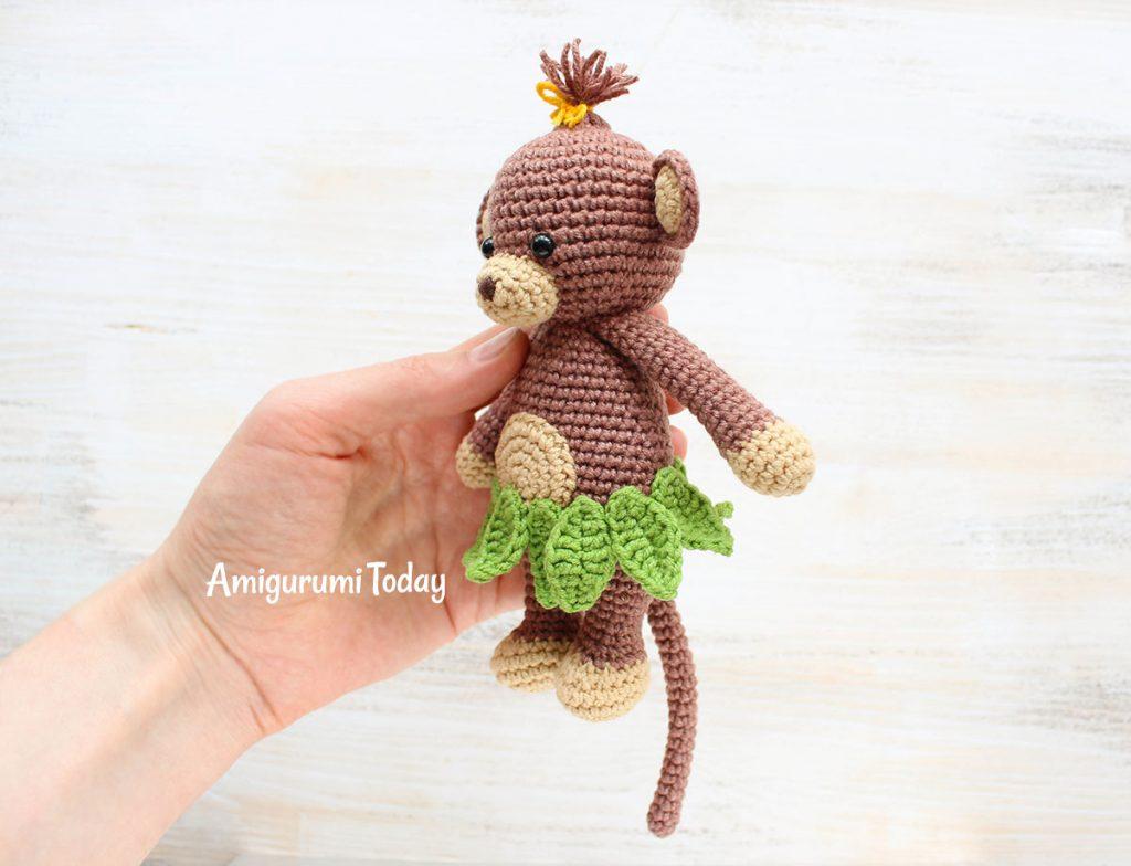 Обезьянка-обнимашка -схема вязаной игрушки амигуруми