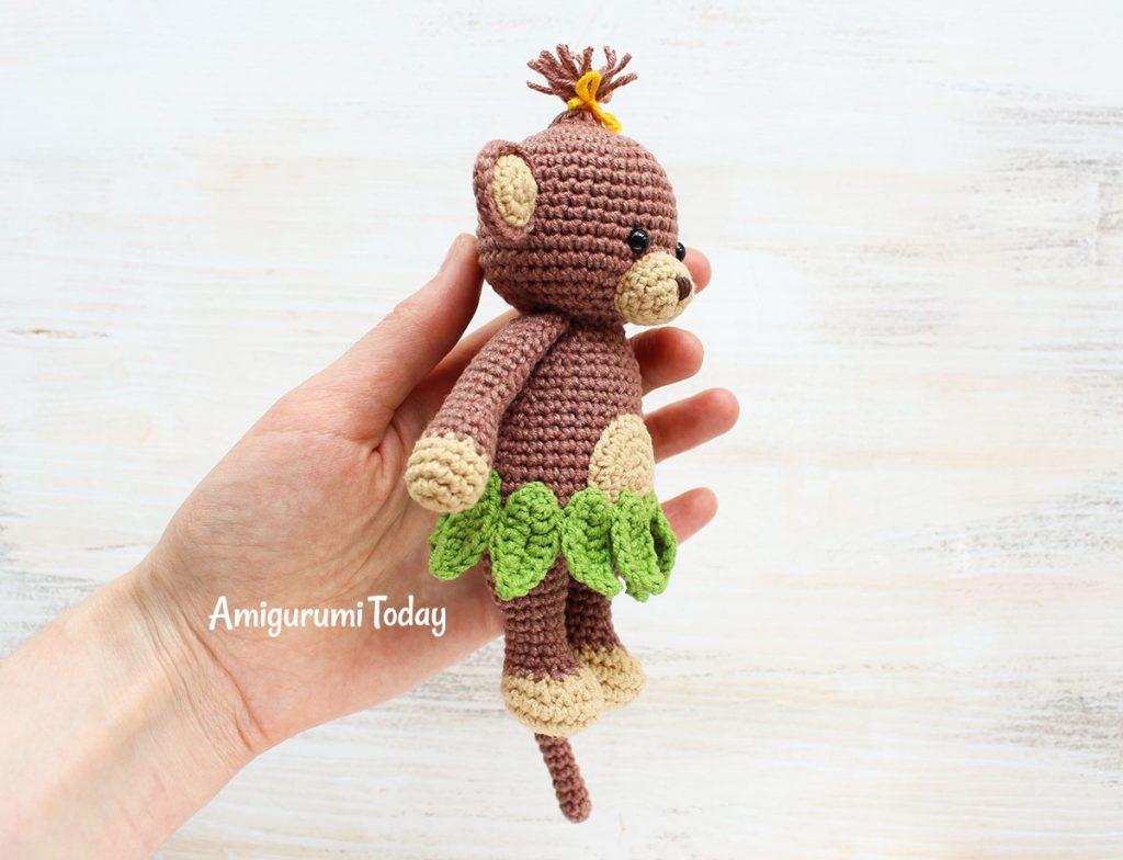 Обезьянка-обнимашка -схема вязаной игрушки