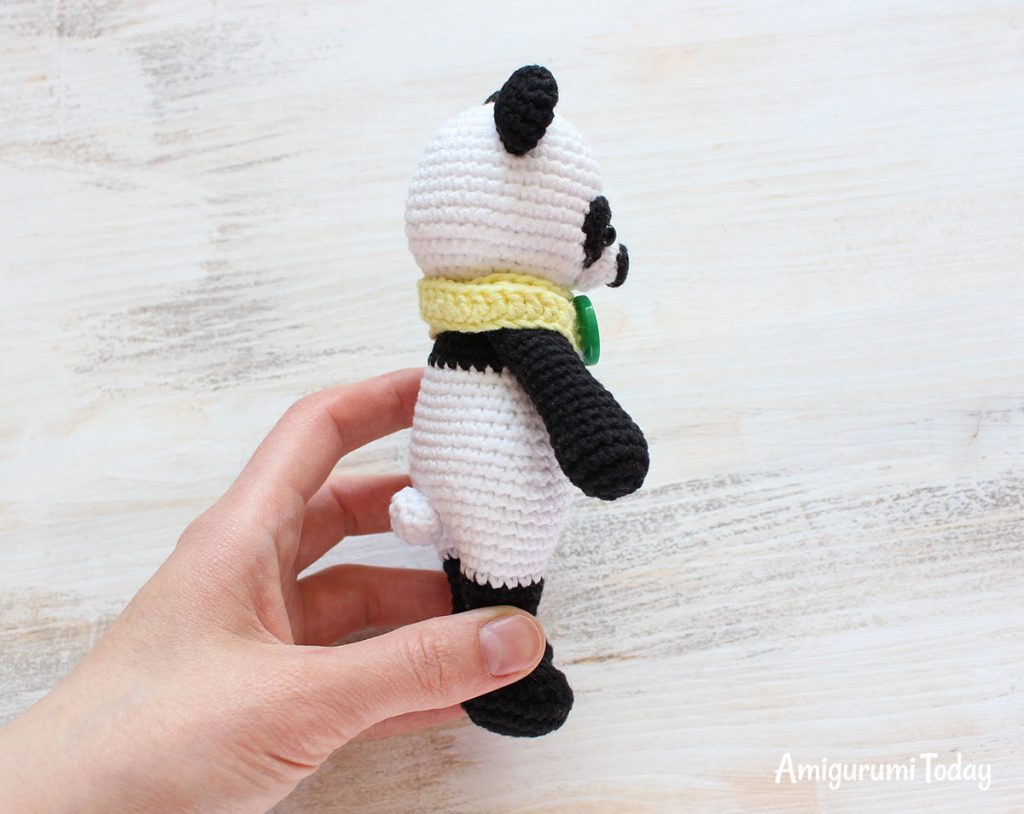 Панда-обнимашка - схема вязания амигуруми крючком